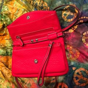 Nine West Bags - Nine West red crossbody purse, mint condition